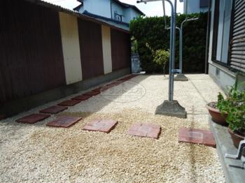 佐賀市 砂利敷き工事