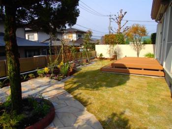 風が抜ける庭