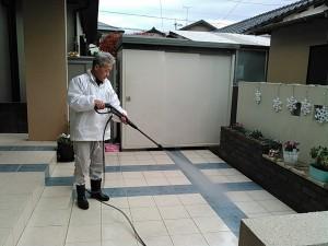 お庭の大掃除