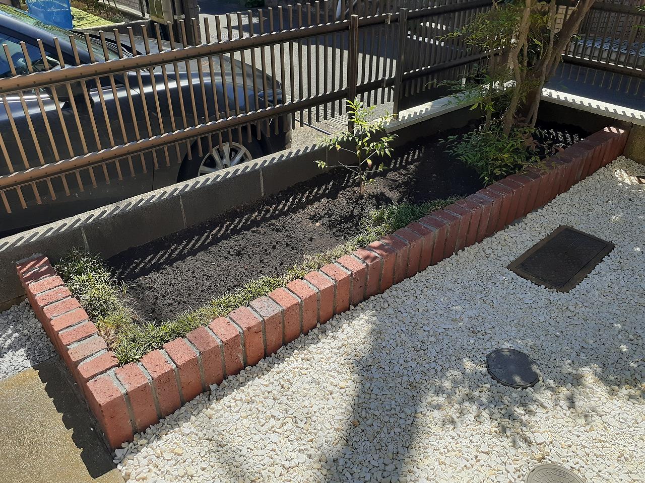 レンガ花壇 植栽スペース