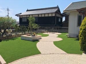 人工芝 花壇 アプローチ テラス