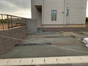 コンクリート打設 新築外構